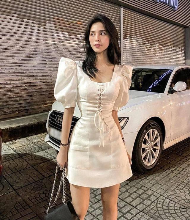 Danh tính cô gái Sài Gòn ra tay giúp đỡ, đưa người xe ôm nghèo đi mua điện thoại mới - Ảnh 9.