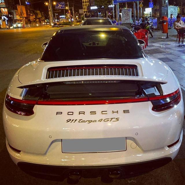 Doanh nhân Đà Lạt bất ngờ chia tay Porsche 911 Targe 4 GTS độc nhất Việt Nam sau 4 tháng tậu xe - Ảnh 4.