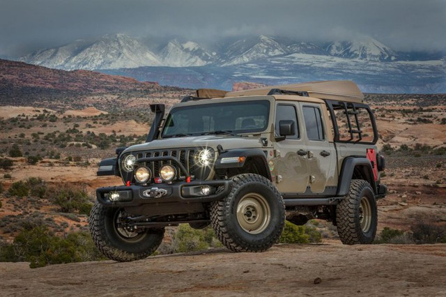Jeep Gladiator Farout - Xe dành cho người thích đi du lịch dài ngày - Ảnh 2.