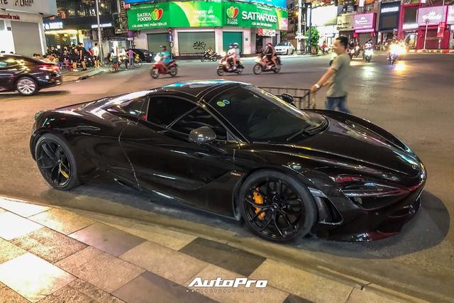 Dàn siêu xe của Evo Team hội ngộ lúc nửa đêm tại Sài Gòn - Ảnh 7.