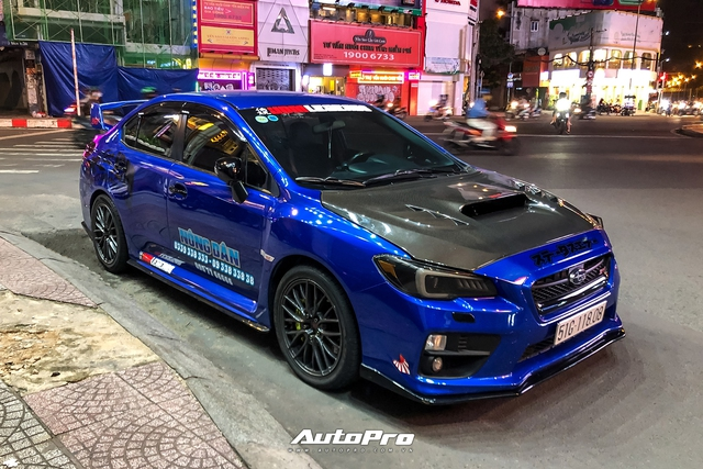 Dàn siêu xe của Evo Team hội ngộ lúc nửa đêm tại Sài Gòn - Ảnh 11.