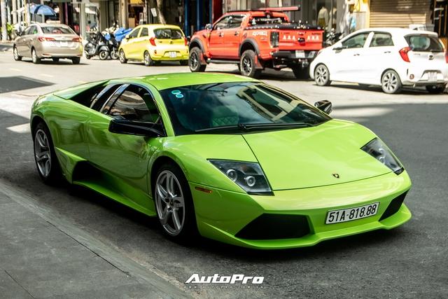 Sau một tháng về tay chủ mới, Lamborghini Murcielago xanh cốm độc nhất Việt Nam tái xuất trên phố Sài Gòn - Ảnh 1.