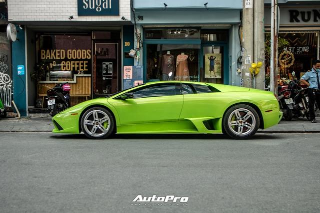 Sau một tháng về tay chủ mới, Lamborghini Murcielago xanh cốm độc nhất Việt Nam tái xuất trên phố Sài Gòn - Ảnh 6.
