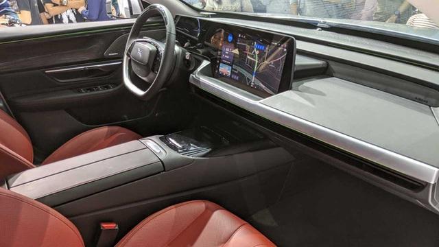 BlackBerry tấn công thị trường Trung Quốc, cung cấp hệ điều hành cho xe hơi thông minh Xpeng - Ảnh 2.