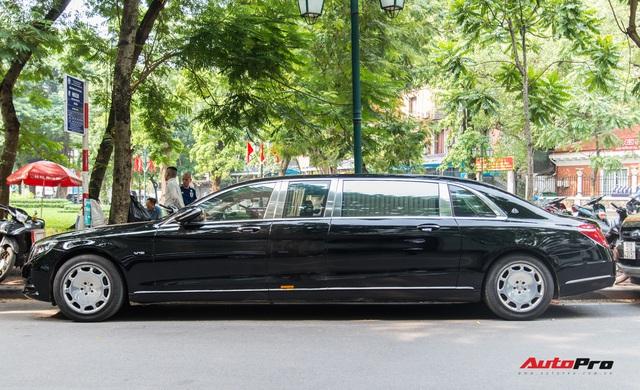 Mercedes-Maybach S600 Pullman của Chủ tịch tập đoàn FLC bất ngờ xuất hiện trên phố, chiều dài của xe gây ấn tượng - Ảnh 3.