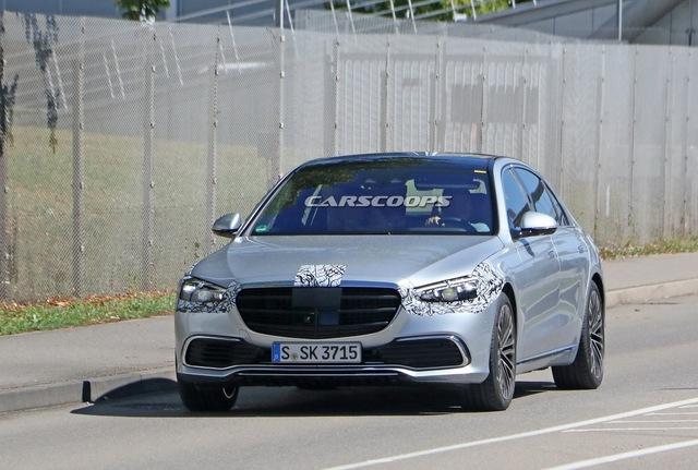 Lộ nội thất Mercedes-Benz S-Class 2021: 5 màn hình, điều khiển đều bằng cảm ứng - Ảnh 1.