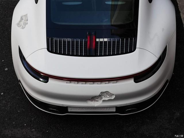 Cận cảnh Porsche 911 Carrera 4S độc nhất thế giới - Ảnh 20.