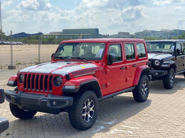 Lô hàng Jeep chính hãng đầu tiên về Việt Nam: Sắp khai trương đại lý, giá ngang ngửa xe sang - Ảnh 1.