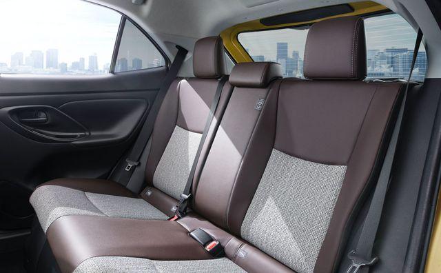 Toyota Yaris Cross đấu Hyundai Kona bằng giá từ 400 triệu đồng tại Nhật Bản - Ảnh 6.