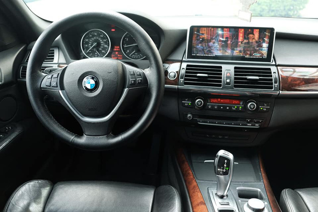 Người dùng đánh giá BMW X5 E70 sau 2 năm sử dụng: Bỏ gần 900 triệu tận hưởng tiện nghi của xe 4 tỷ - Ảnh 4.