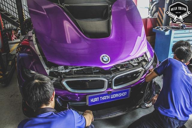 Cận cảnh thợ độ Đà Nẵng lắp ráp bodykit chất chơi giá hàng trăm triệu cho BMW i8 - Ảnh 3.