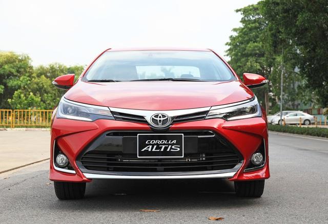 Toyota Corolla Altis nâng cấp tại Việt Nam: Chưa phải bản 2020, giá rẻ hơn, thêm trang bị đấu Mazda3 - Ảnh 4.