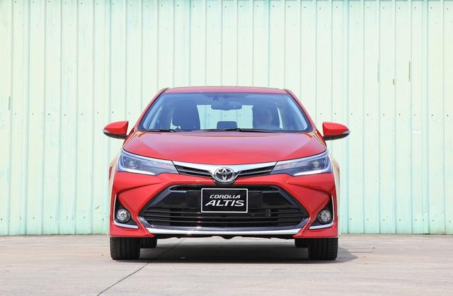 Chênh 30 triệu đồng, 2 phiên bản Toyota Corolla Altis vừa nâng cấp có gì khác biệt? - Ảnh 3.