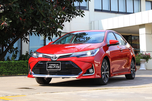 Chênh 30 triệu đồng, 2 phiên bản Toyota Corolla Altis vừa nâng cấp có gì khác biệt? - Ảnh 1.