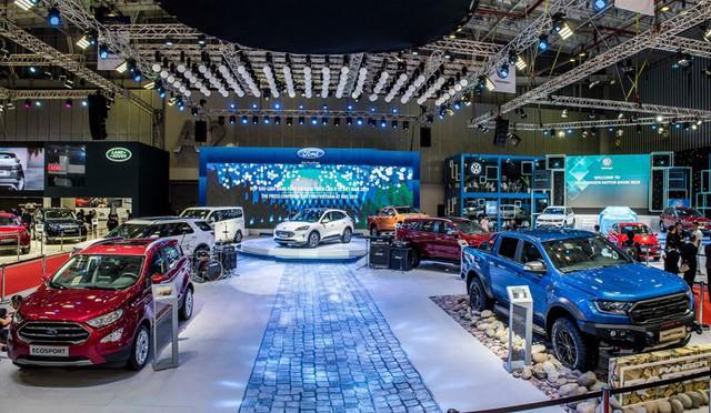 Triển lãm ô tô Việt Nam 2020 bị hoãn do Covid-19 - Ảnh 1.