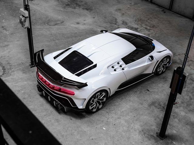 Siêu xe Bugatti Centodieci trị giá 256 tỷ đồng của Ronaldo có gì đặc biệt? - Ảnh 6.