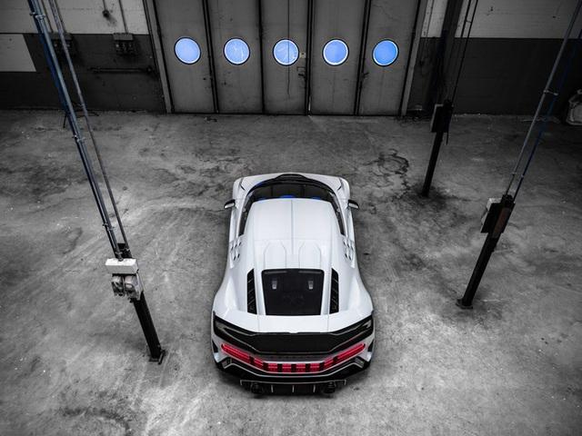 Siêu xe Bugatti Centodieci trị giá 256 tỷ đồng của Ronaldo có gì đặc biệt? - Ảnh 10.