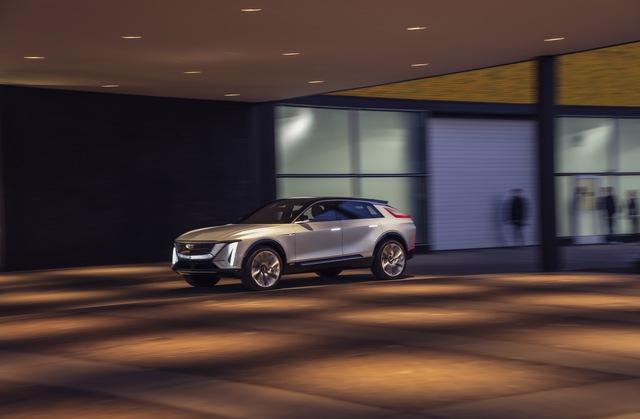 Cadillac Lyriq: SUV điện hạng sang với thiết kế đỉnh cao chính thức chào sân - Ảnh 2.