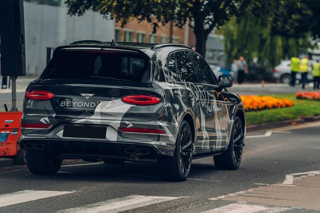 Chốt lịch ra mắt Bentley Bentayga Speed 2020 - SUV siêu sang cho người mê tốc độ - Ảnh 1.
