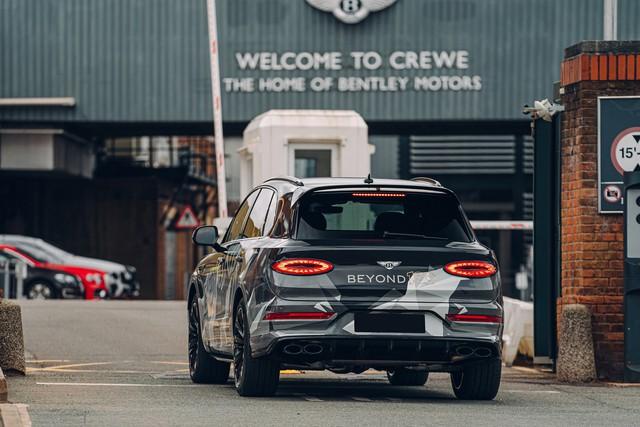 Chốt lịch ra mắt Bentley Bentayga Speed 2020 - SUV siêu sang cho người mê tốc độ - Ảnh 2.