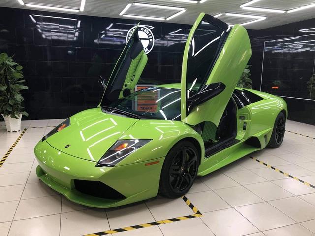 Lamborghini Murcielago xanh cốm độc nhất Việt Nam về tay doanh nhân Sài Gòn: Bộ cánh hồi ở Hải Phòng được lột bỏ - Ảnh 2.