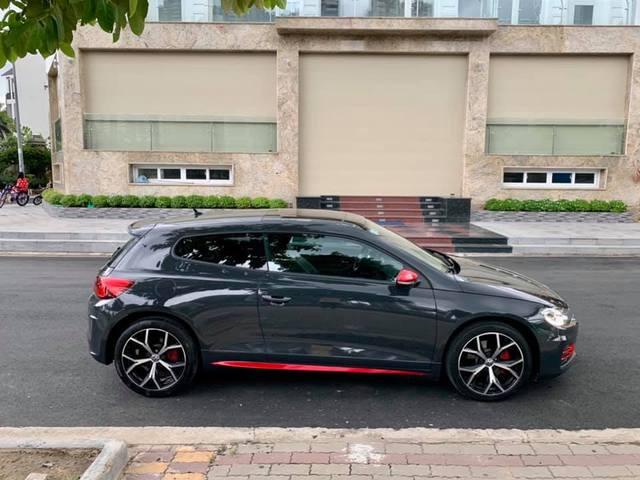 Mới chạy 13.000 km, Volkswagen Scirocco GTS xuống giá nửa tỷ, chỉ ngang Honda Civic RS - Ảnh 4.