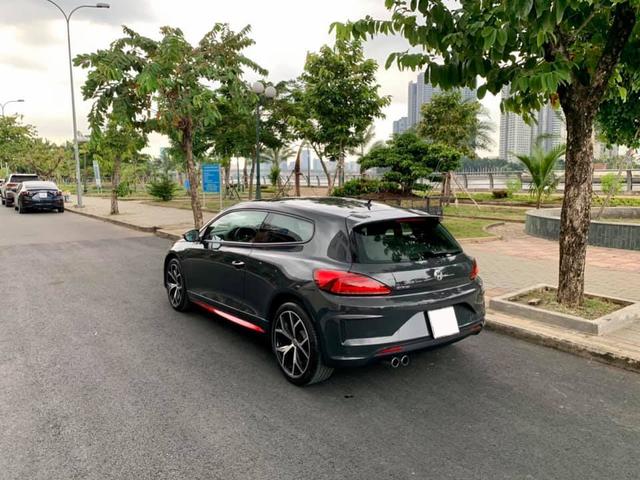 Mới chạy 13.000 km, Volkswagen Scirocco GTS xuống giá nửa tỷ, chỉ ngang Honda Civic RS - Ảnh 2.