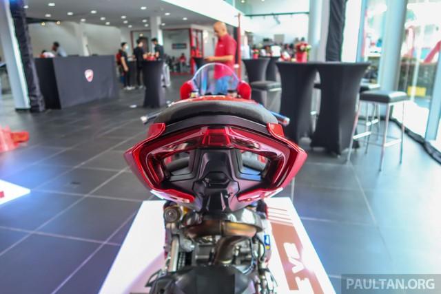 """Khám phá bộ đôi """"siêu"""" mô tô Ducati Panigale V4S và Panigale V2 2020 - Ảnh 11."""