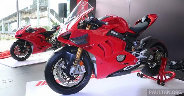 """Khám phá bộ đôi """"siêu"""" mô tô Ducati Panigale V4S và Panigale V2 2020 - Ảnh 1."""