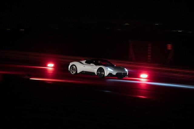 Ra mắt Maserati MC20: Dùng công nghệ F1, thoát bóng động cơ Ferrrari - Ảnh 6.
