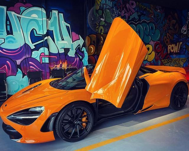 McLaren 720S Spider thứ 7 về Việt Nam cập bến Sài Gòn, nằm trong garaga toàn siêu xe gây chú ý - Ảnh 2.