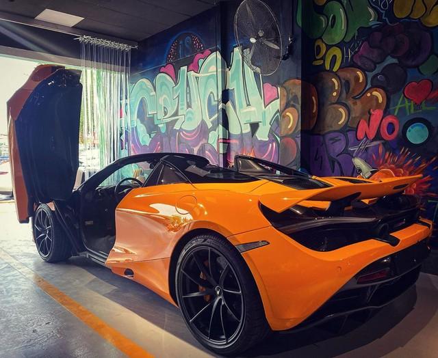 McLaren 720S Spider thứ 7 về Việt Nam cập bến Sài Gòn, nằm trong garaga toàn siêu xe gây chú ý - Ảnh 3.