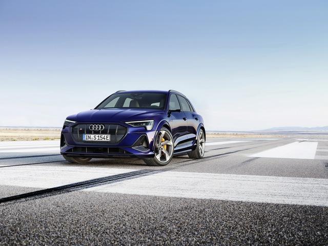 Audi chính thức tham chiến phân khúc xe hiệu suất cao đấu Porsche Taycan - Ảnh 1.