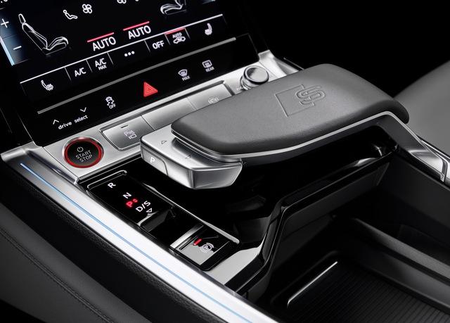 Audi chính thức tham chiến phân khúc xe hiệu suất cao đấu Porsche Taycan - Ảnh 9.