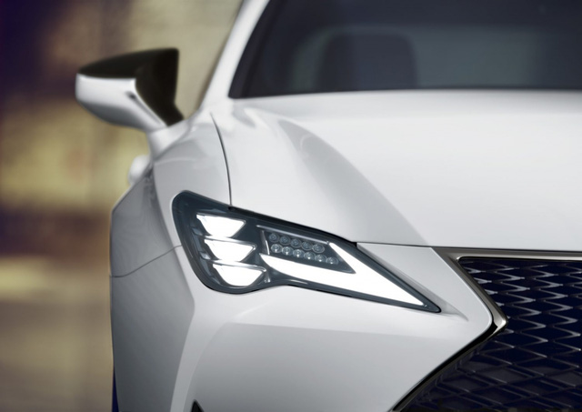 Lexus ra mắt RC Coupe 2021 và bản đặc biệt Black Line Special Edition  - Ảnh 2.