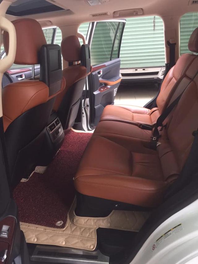 Sau 6 năm, Lexus LX 570 xuống giá ngang VinFast President mua mới - Ảnh 4.