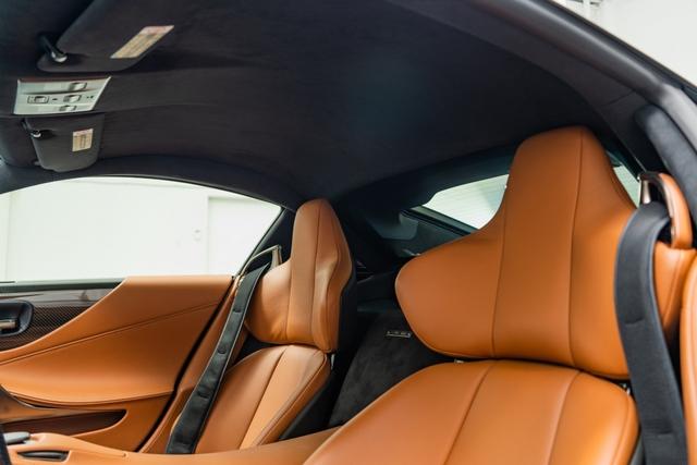 Cận cảnh chiếc Lexus LFA màu nâu độc nhất vô nhị - Ảnh 13.
