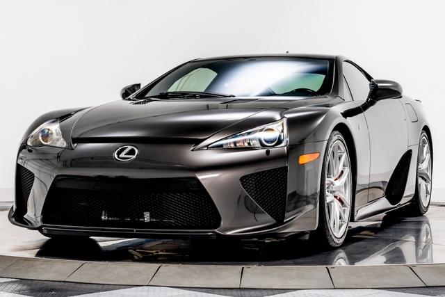 Cận cảnh chiếc Lexus LFA màu nâu độc nhất vô nhị - Ảnh 3.
