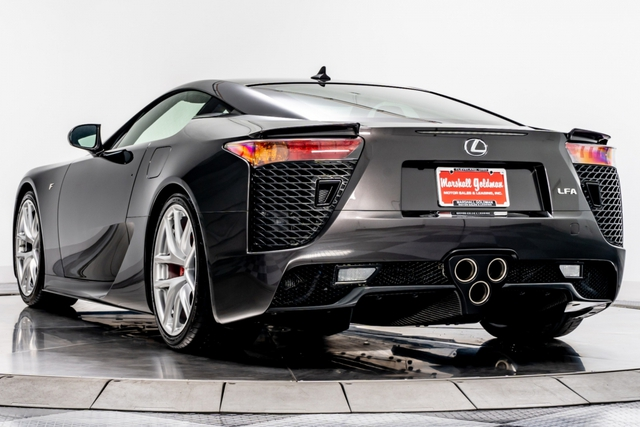 Cận cảnh chiếc Lexus LFA màu nâu độc nhất vô nhị - Ảnh 5.