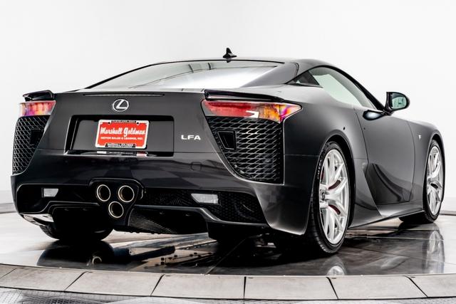 Cận cảnh chiếc Lexus LFA màu nâu độc nhất vô nhị - Ảnh 7.