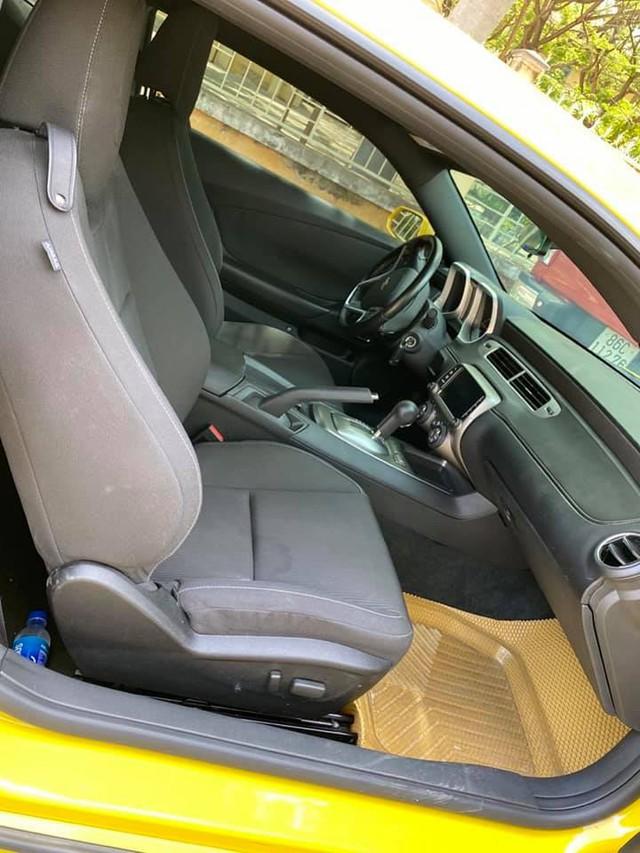 Bán xe rẻ như Mercedes-Benz E 200, chủ nhân Chevrolet Camaro RS tuyên bố: Khó gặp được chiếc thứ hai - Ảnh 3.