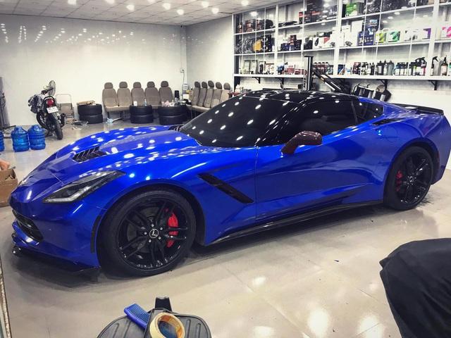 Dân chơi Trà Vinh đổi màu Chevrolet Corvette C7 Stingray giá hơn 4 tỷ đồng - Ảnh 2.
