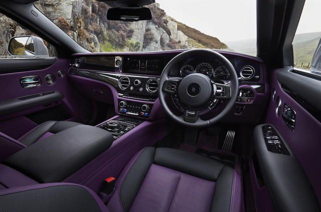 Rolls-Royce: Không bao giờ đặt công nghệ cao hơn sự sang trọng - Ảnh 1.