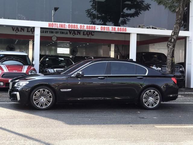 Qua thời đỉnh cao, BMW 750Li có giá rẻ hơn cả VinFast Lux A2.0: Thông số ODO gây chú ý - Ảnh 5.