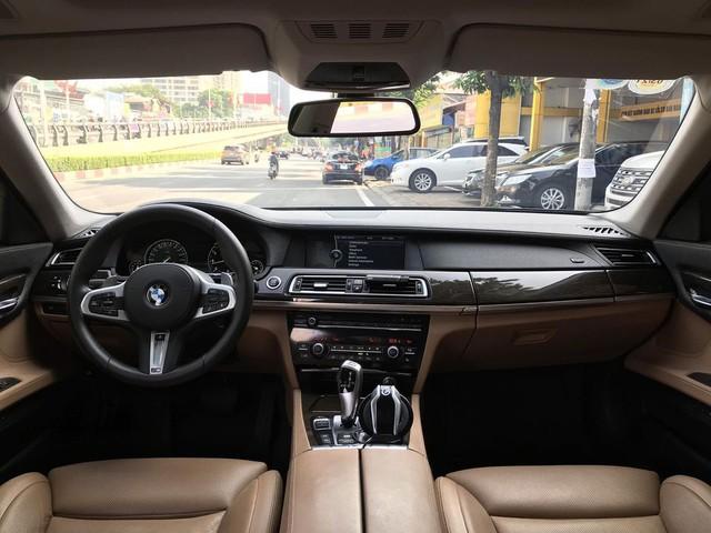 Qua thời đỉnh cao, BMW 750Li có giá rẻ hơn cả VinFast Lux A2.0: Thông số ODO gây chú ý - Ảnh 3.
