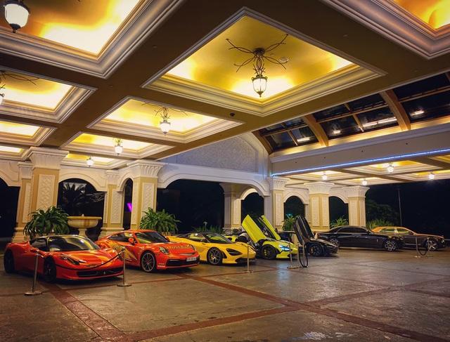 Hoàng Kim Khánh cùng nhiều dân chơi Sài Gòn mang dàn xe hàng trăm tỷ tới chung vui với đại gia đồng hồ Hà Nội - Ảnh 2.