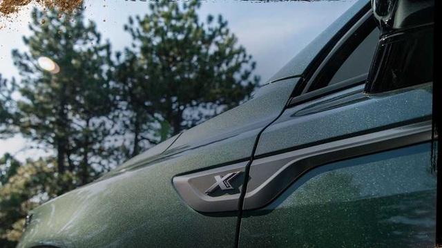 Kia Sorento 2021 vừa ra mắt nhưng sắp có phiên bản mới với cách đặt tên như BMW