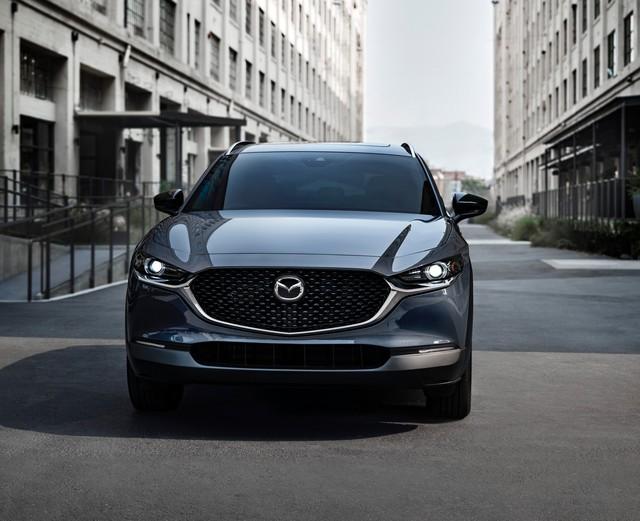 Mazda CX-30 thêm động cơ tăng áp như Mazda3, mạnh hơn nhiều Hyundai Kona - Ảnh 1.