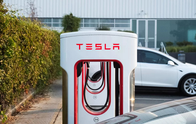 Lỗ hổng phần mềm trong trạm sạc Superchargers của Tesla giúp nhiều chủ xe điện thương hiệu khác hưởng sái - Ảnh 1.