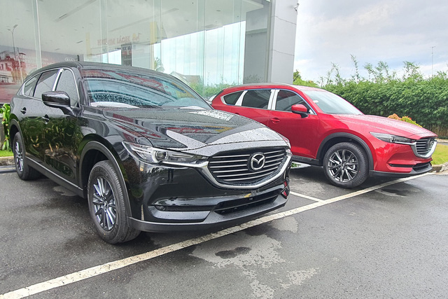 Mazda CX-8 nâng cấp trang bị tại Việt Nam: Cách làm khác lạ, giữ giá dưới 1 tỷ, đáp trả Toyota Fortuner 2021 - Ảnh 2.